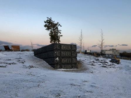 """""""Oeuvre de Mémoire"""" sous la neige / Under the snow"""