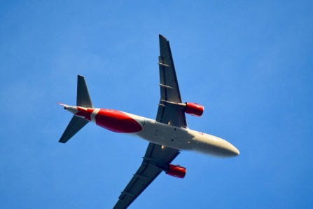 Air Canada Rouge (Boeing 767?)