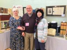 Mr. Wilfrid M. de Freitas with Susan Ravdin (l.) and Miyako Matsuda (r.)