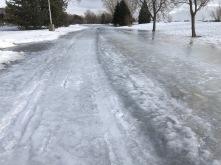 Sentier périphérique toujours glacé