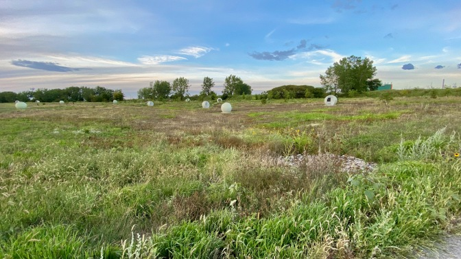 Épendage d'herbicide sur de larges zones